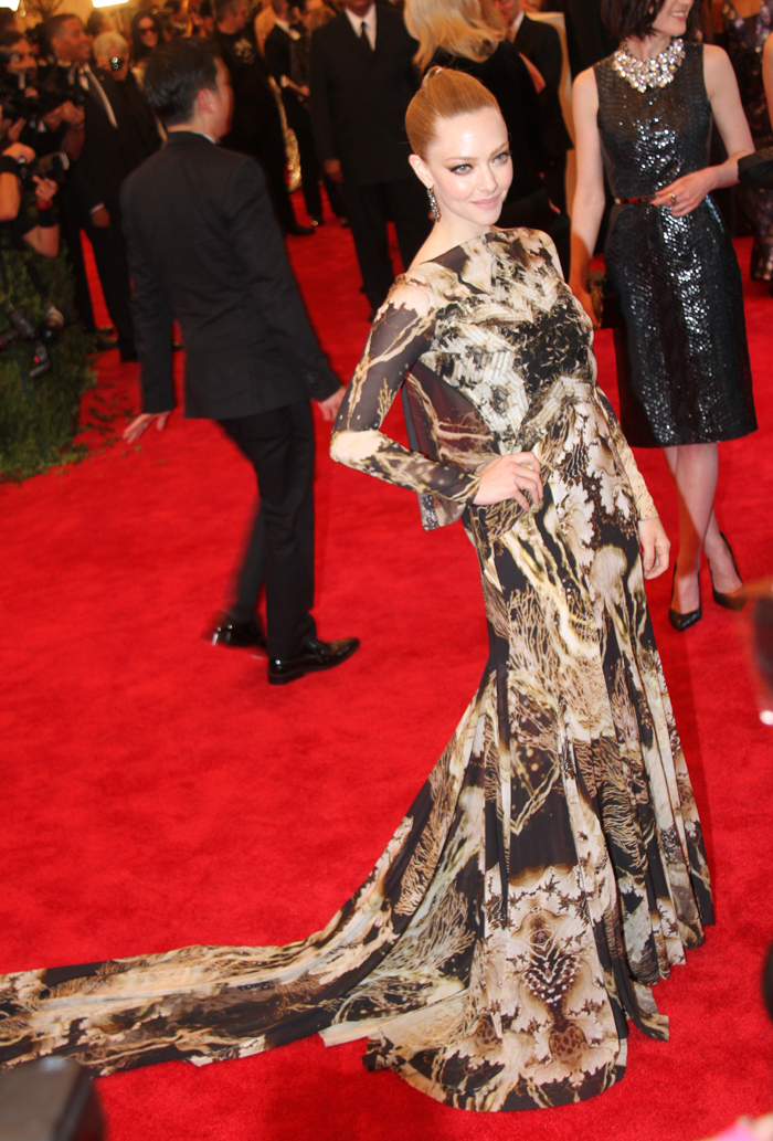 Amanda Seyfried in Givenchy, MET Ball NYC 6th May