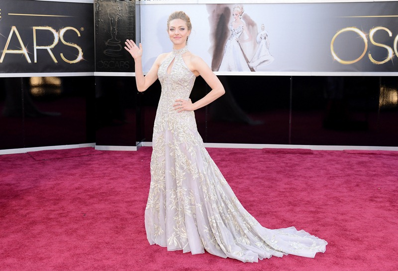 Amanda Seyfried at the Oscars 2013 red carpet for Les Miserables