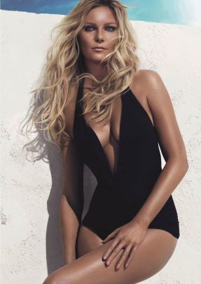 Kirsten's Beachy Waves–After being named the first face of L'Oreal Professionnel